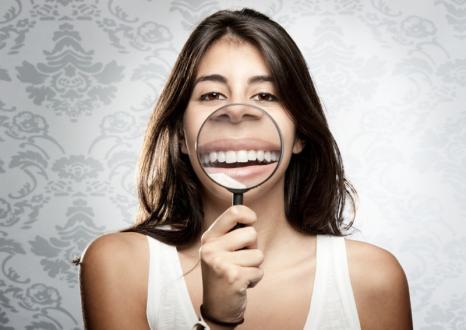 Gouttière dentaire bruxisme Charleroi